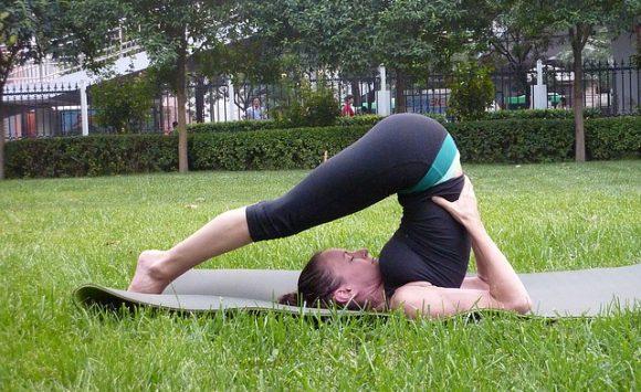 """Yoga im Park"" mit Christina"